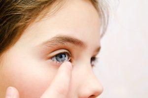 kids wearing contact lenses, myopia control newcastle