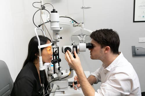 testing a patient for suitablility for ortho-k contact lenses